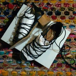 Shellys London Blk leather strappy lace up sandal